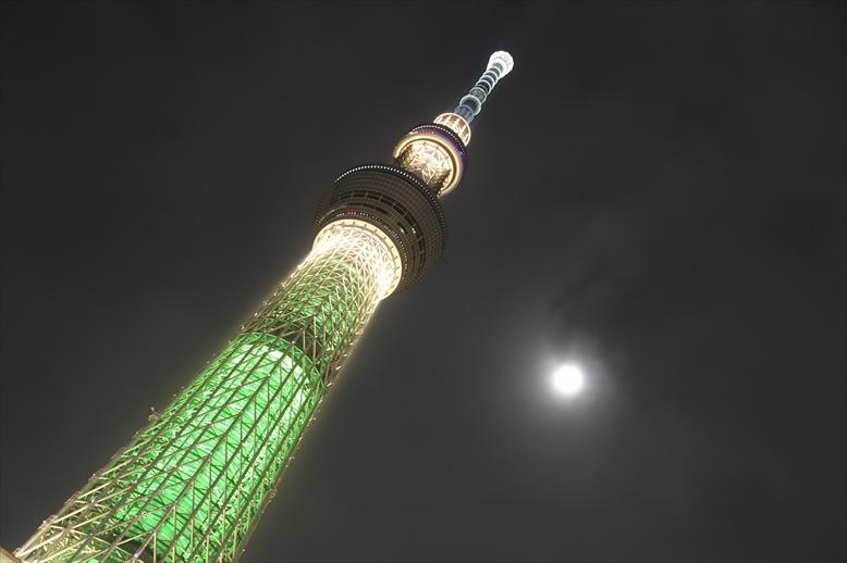 東京スカイツリークリスマス限定ライティング シャンパンツリー