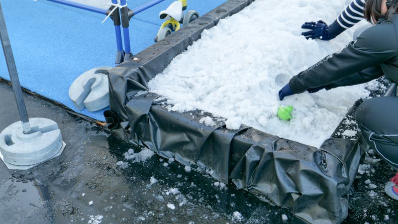 アイススケートパーク 雪遊びコーナー