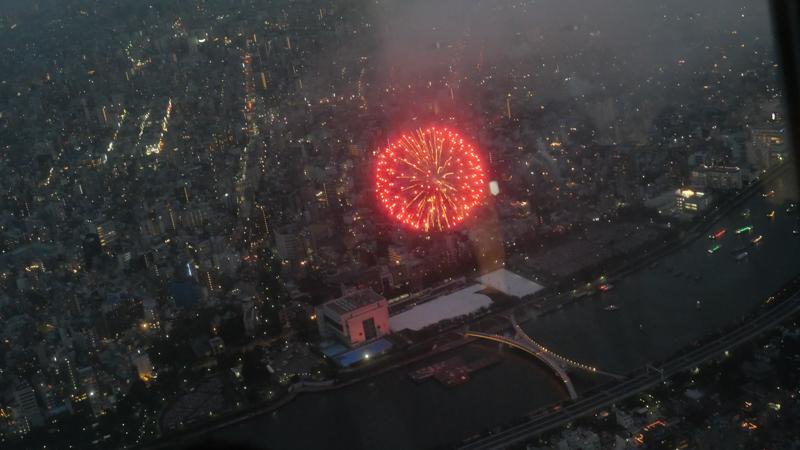スカイツリー 隅田川花火大会特別営業 第一会場打ち上げの様子